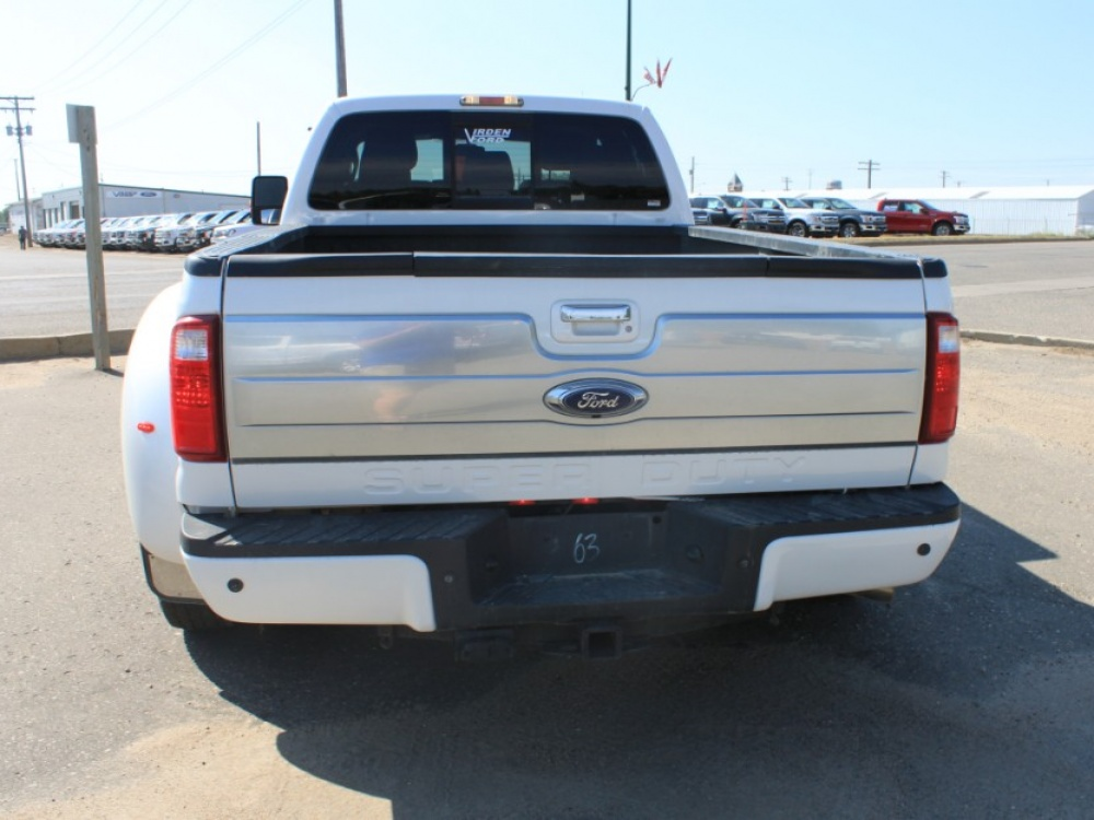 2015 Ford Super Duty F-350 DRW Platinum